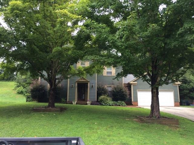 main picture of house for rent in charlotte nc